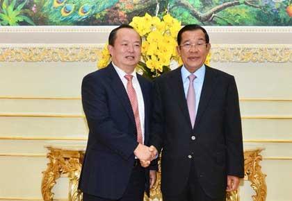 陈文山拜会柬埔寨首相洪森