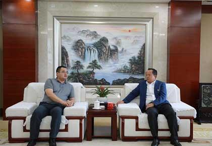 陈文山、马德会见中国进出口银行云南省分行客人